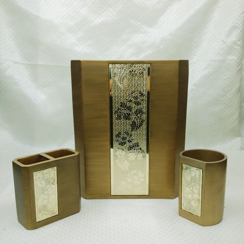 Gold plating with golden medaillon resin bathroom for Gold bathroom accessories sets