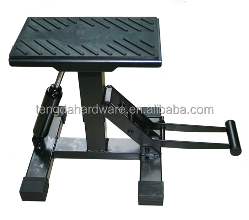 Motorcycle center stand for repairing