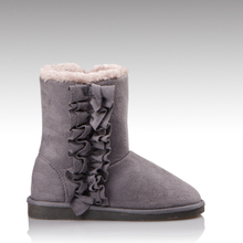 H&C-167 2015 new trend high quality most fashionable hip winter boots ladies with petal design