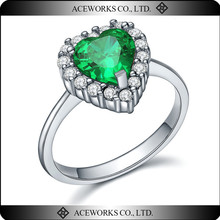 2015 Top Sale Sample Engagement Rings Designs 925 Sterling Silver Emerald Zircon Handmade Lover Rings Jewelry