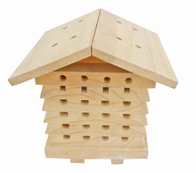 2015 china suppliers selling FSC&SA8000 hanging wild natural wooden bumble bee house,wooden insect house,wooden bee house