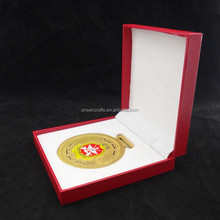Red Paper Medals Boxes with Hot Stamping Logo