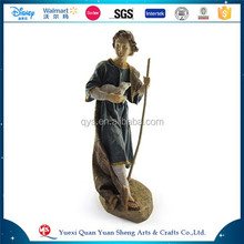 Resin Customized Handmade European Figurine Souvenir for Sale