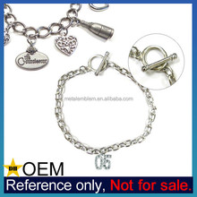 China Manufacturer Low MOQ Cheap Custom Engraved Metal Bracelet