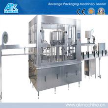 Воды стиральная - заполнение укупорочные машины в соответствии с требованиями дизайн