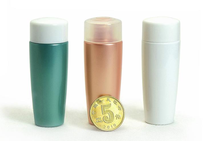 كريم العناية بالبشرة والعناية الشخصية استخدام الصناعي استخدام زجاجة من البلاستيك