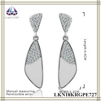 Fresh Vogue Platinum Plating Jewelry Big Dangle Fashion Triangle Good Quality Earrings For Party Women