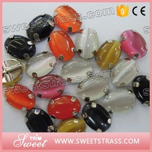 Volume - produce promotional price sew on acrylic stones for clothes accessory