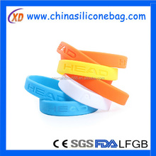 mart wrist silicone band with remote picture function