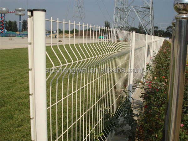 Hot galvanized PVC coated black welded wire fence mesh ...