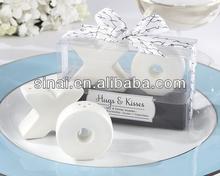 Nice Wedding Favors Ceramic XO Salt and Pepper Shaker