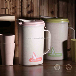 Hot Sale Bpa Free Platic Water Jug With Cups