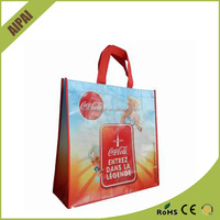 fashion style design of PP non-woven bags wholesale cheap handbags /woman shopping bags supplier China