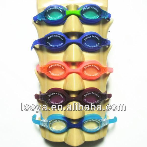 Speedo社のゴーグルスタイル、 水泳- ゴーグル、 水泳メガネ