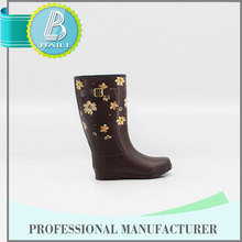 Alibaba china Latest design Cheap mubo australia boots