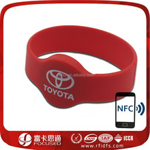 nfc silk screen printed silicone wristband