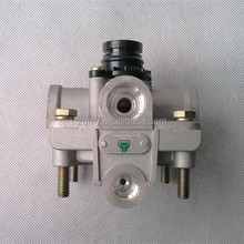 Relay valve for air brake system