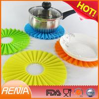 RENJIA kitchen silicon heat-resistant mats new design silicone coaster heat silicone mat 2mm