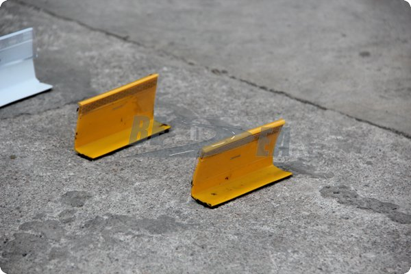 White,Yellow,Red Color 50mm Width Safety Temporary Road Markers(TRM-1/2/3)