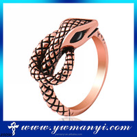 High quality exquisite fake 18k gold plated diamond snake ring