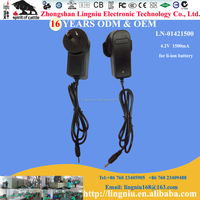 16 years factory Australia plug 3.7V 18650 li-ion battery travel charger for bright flashlight