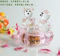 New Design - Beautiful Pink Crystal Teddy Bear Music Box For Wedding Favor 2015