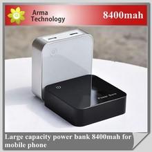 2015 Dual USB Long Lasting High Capacity Power 8400mah Bank