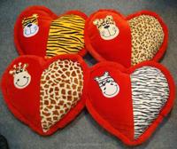 Comfortable Soft heart shape OEM Valentine creative animal head red plush pillow