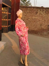 Wholesale Quick-drying Woman Wear Personalized Coral Fleece Bathrobe