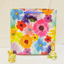 small flowers printed gifts packaging white paper bag