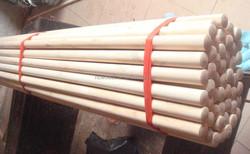 natrual wood & PVC coated & varnished wooden broom handle