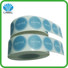 cheap printing cusom adesive stickers on roll