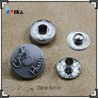 Logo embossed spring snap clip buttons Customized welcome