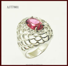 2015 fashion design nest shape ring with red ruby