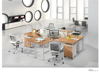Modern Style Durable Use Metal Steel Leg 4 Person Workstation