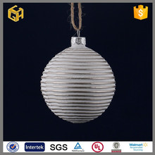 Christmas floating bubble glass ball with snow nartini glass wholesale