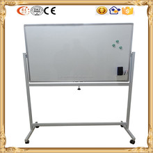 Reversible magnetic whiteboard with wheels