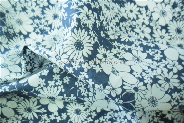 Cotton lawn faisalabad pakistan fabric lawn in karachi for Bano market faisalabad dresses