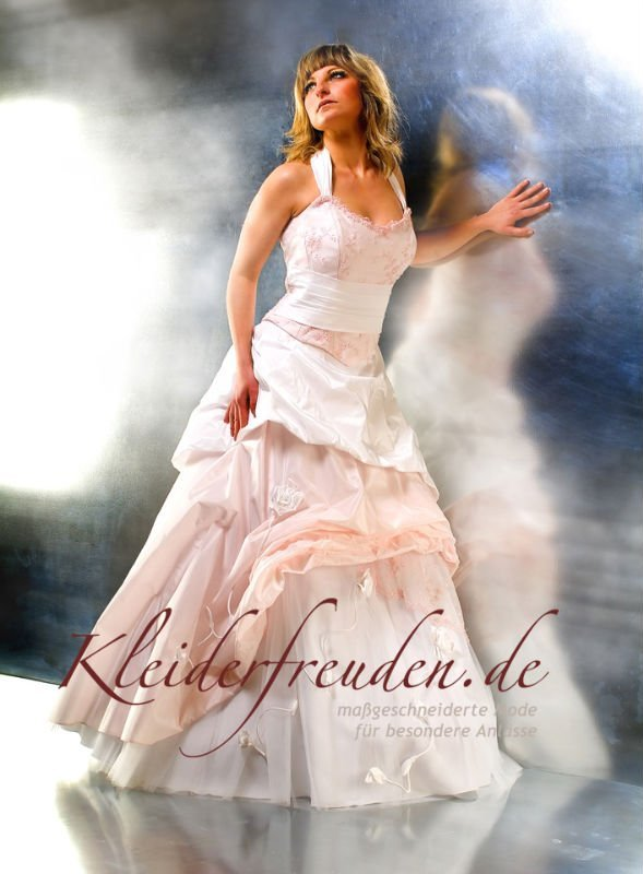 Brautkleid Wedding Dress Vanessa - Buy Vanessa Product on Alibaba.com
