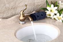 Contemporary Chrome Finish Brass One Hole Single Handle Kitchen Bar Sink Faucet