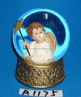 2014 Christmas decoration resin angel water globe