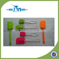 2015 New Product Colorful wholesale best silicon with plastic material types of spatula