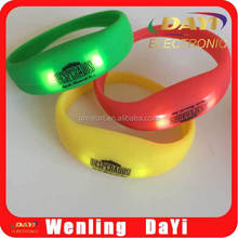 Flashing silicon bracelet fashion bracelet, led bracelet watch, wrist band lights