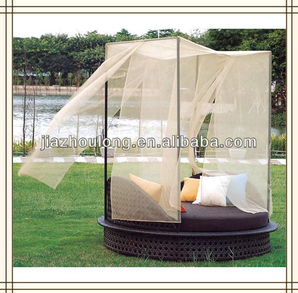 outdoor wicker lounge bett korbwaren himmelbett korbwaren. Black Bedroom Furniture Sets. Home Design Ideas