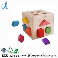 High quality 13 holes wooden toys,educationa wooden shape sorter box