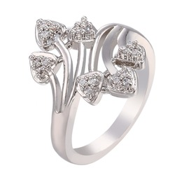Women Special New Fashion Heart Shaped 18K Gold Plated Ring for Party