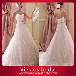 Puffy Sweetheart Neckline Strapless Appliqued Ball Gown with Flower Wedding Dress Imported from China DT88