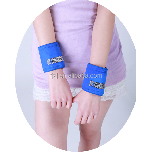 Adjustable Heating Magnetic Wrist Support