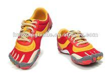 dropshipping moq five pairs Fashion Men new Climbing finger sport Shoes 2012