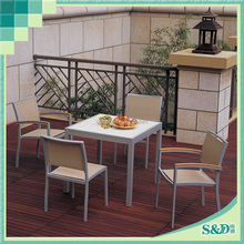 Recreational area fashion chairs and tables manufacturer